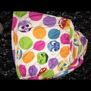 Inside out fitted sheet twin